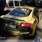 thumbs audi r8 or 003 Audi R8 en Or (4 photos)
