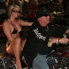 thumbs bike week 2010 000 Les babes de la Bike Week 2010 (46 photos)