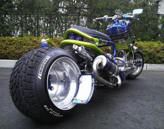 des scooters japonais insolites 001 Des Scooters Japonais Insolites (30 photos)