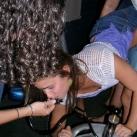 thumbs femme rituel biere 002 Les filles et le rituel populaire de la bière (101 photos)