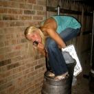 thumbs femme rituel biere 011 Les filles et le rituel populaire de la bière (101 photos)