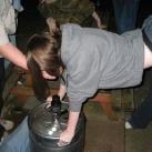 thumbs femme rituel biere 045 Les filles et le rituel populaire de la bière (101 photos)