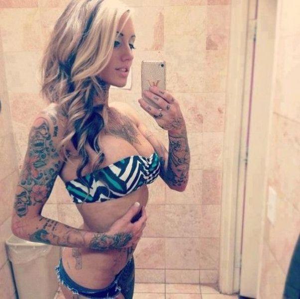 femme tatouee 002 Les Femmes Tatouées (57 photos)