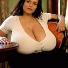 thumbs des gros lolo 007 Femmes avec de Gros Attributs (16 photos)