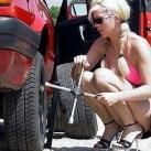 thumbs femme au vollent accident011 femmes aux volants = Accidents x) (33 photos)