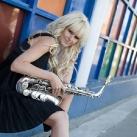 thumbs filles et instruments de musique 27 Des filles sexy avec des instruments de musique (47 photos)