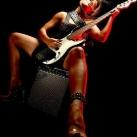 thumbs filles et instruments de musique 41 Des filles sexy avec des instruments de musique (47 photos)