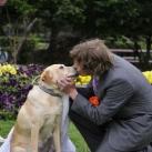 thumbs il se marie avec un chien 003 Il se marie avec un Chien ! (17 photos)