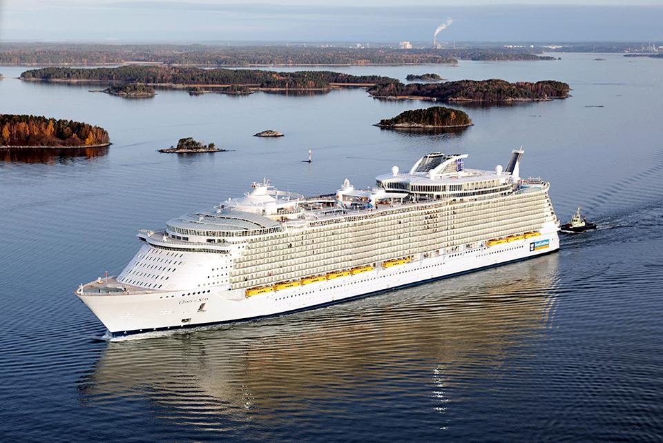 FINLAND ECONOMY CRUISE SHIP