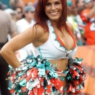 thumbs pom pom girls de la nfl 2010 009 Les pom pom girls de la NFL 2010 (32 photos)