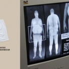 thumbs protester tsa x ray scanners 008 Protester avec des sous vêtements contre le TSA X Ray Scanners (17 photos)