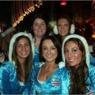 thumbs la course des peres noel en maillot de bain a boston 006 La course des Pères Noël en maillot de bain à Boston (19 photos)