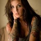 thumbs tatouages 001 Des filles avec des tatouages (33 photos)