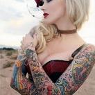 thumbs tatouages 007 Des filles avec des tatouages (33 photos)