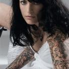 thumbs tatouages 012 Des filles avec des tatouages (33 photos)