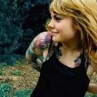 thumbs tatouages 013 Des filles avec des tatouages (33 photos)