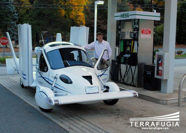 terrafugia transition 000 Terrafugia Transition, la voiture volante existe ! (28 photos)