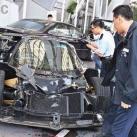 thumbs zonda roadster f accidente 004 Supercars de 1.460.000€ accidenté... (6 photos)